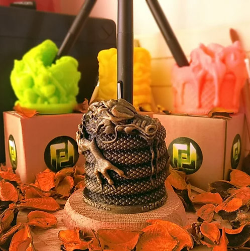 Chinese Dragon Wachibi Pen Holder